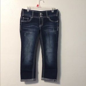 New without tags Women's vanity crop jeans